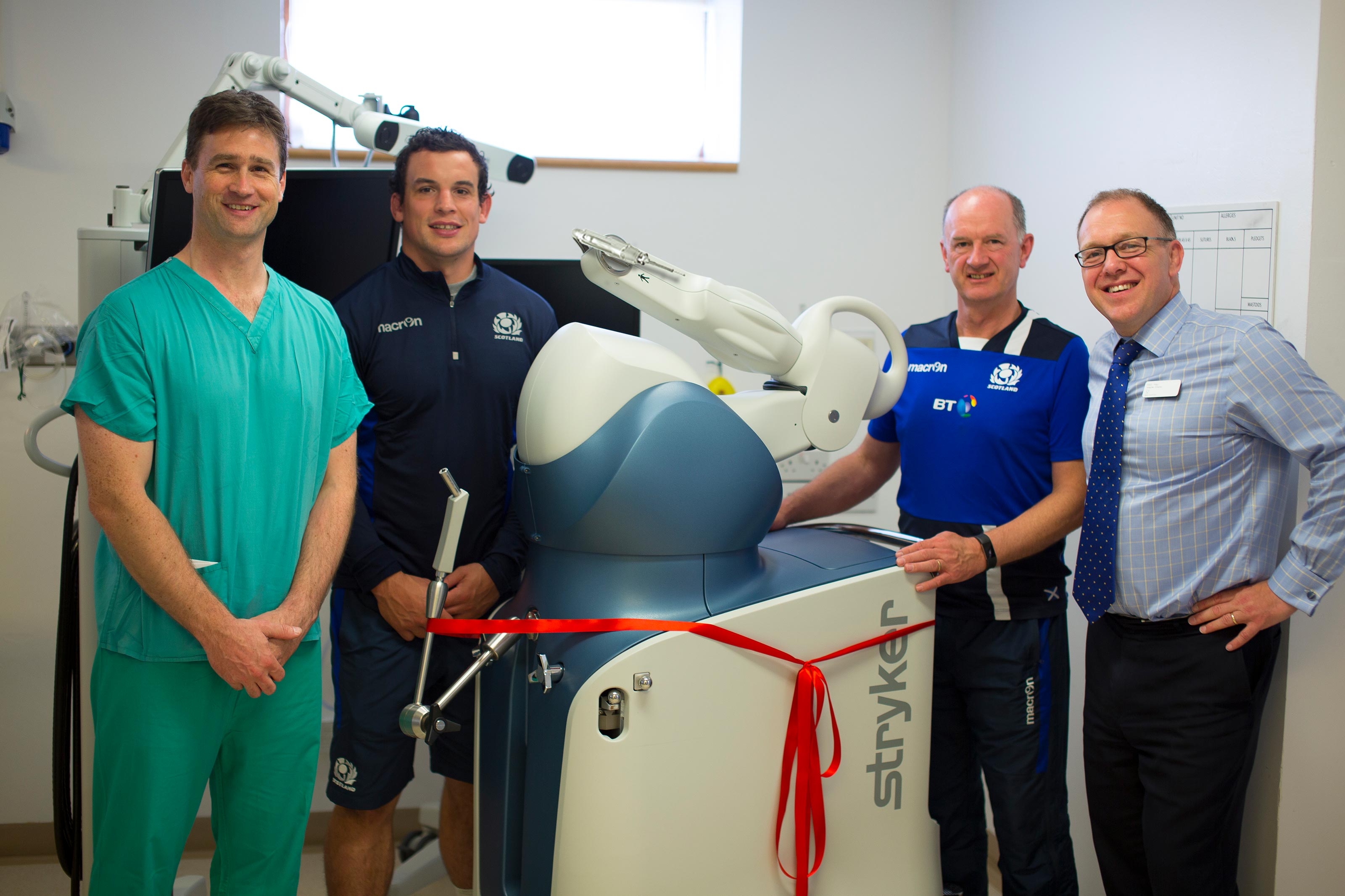 Scottish Rugby open country's first hip and knee replacement robot