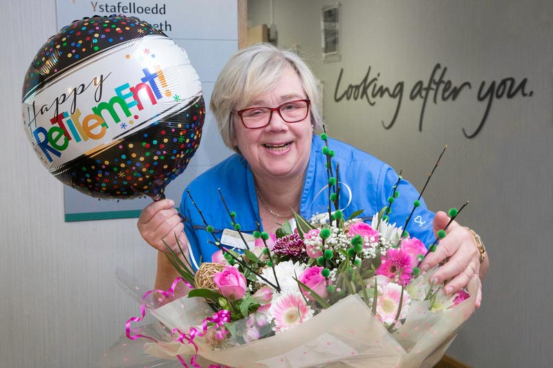Emotional farewell for nurse Pam